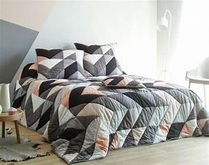 Boutis De Lit : boutis patchwork style scandinave becquet ~ Teatrodelosmanantiales.com Idées de Décoration