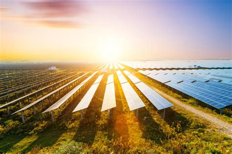 stunning numbers show  renewable energy   starting  heat   motley fool