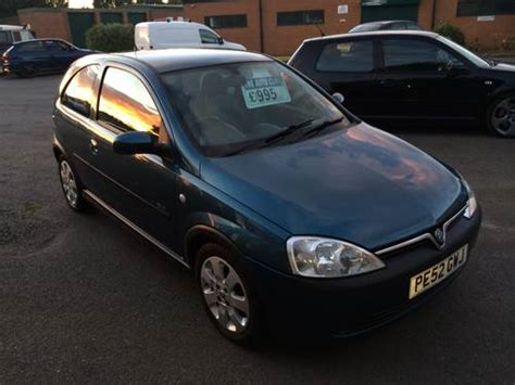vauxhall corsa 2002 vauxhall corsa sxi 16v 3 door hatchback for sale 2002