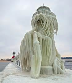 grand rapids photographers frozen lighthouses in winter s icy grip on lake