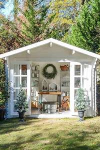 abri de jardin 23 idees pour mieux utiliser votre cabane With amenagement exterieur terrasse maison 15 maison en bois les cabanes dolivier cabane en bois