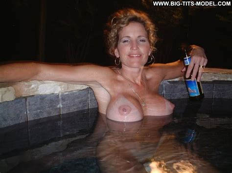 Valene Private Pics Big Tits Big Boobs Teen Milf