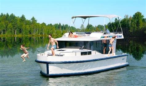 Rent To Own Boats by Buy A River Cruiser Own Rent Out Your Boat Le Boat