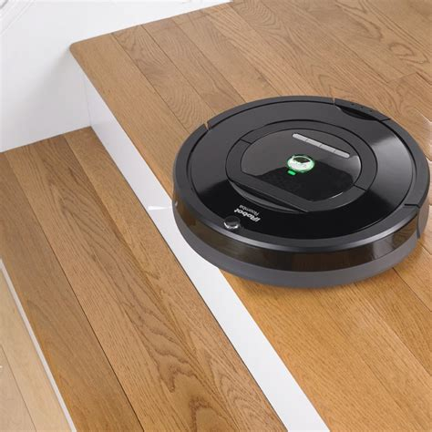 Roomba Wood Floors Hair by Robot Vacuum Reviews Roomba 780 Robot Vacuum Review