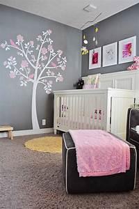 decoration pour la chambre de bebe fille archzinefr With idee de chambre bebe fille