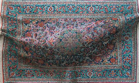 Hyperrealistic Paintings Of Bulging, Decorative Rugs By