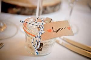 Gastgeschenke Hochzeit Diy : gastgeschenk hochzeit meersalz hochzeitsblog two wedding sisters ~ Frokenaadalensverden.com Haus und Dekorationen
