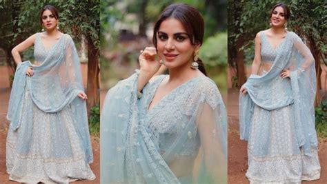 Ethnic Lover Take Fashionable Tips From Sriti Jha