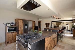 suspension ilot cuisine suspension rampe 4 lumires led With carrelage adhesif salle de bain avec rampe led rouge