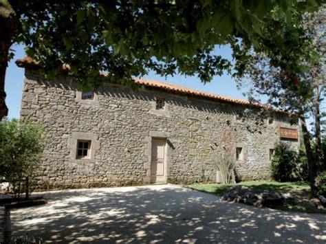 la chambre des officiers contexte historique les hôtels du puy du fou de la rome antique à la renaissance