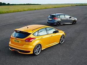 Ford Focus St 250 : ford focus st 2014 aufgefrischter sportgarant mit 250 ps ~ Farleysfitness.com Idées de Décoration