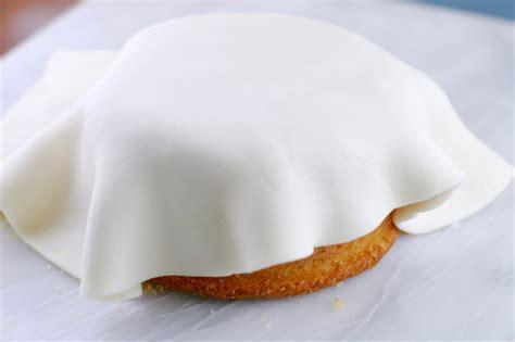 how to make fondant how to make rolled fondant bold baking basics gemma s bigger bolder baking