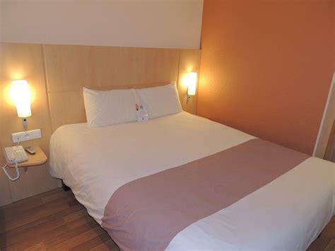 chambre hotel ibis htel ibis alencon en normandie cdt de l 39 orne