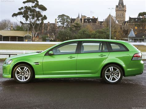 Holden VE Commodore Sportwagon (2008) - picture 38 of 241 ...