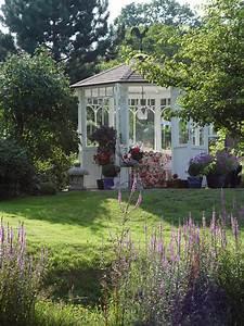 Pavillon Im Garten : pavillon im garten klassisch modern oder individuell ~ Michelbontemps.com Haus und Dekorationen