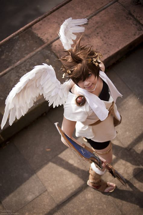kid icarus pictures  jokes games funny pictures