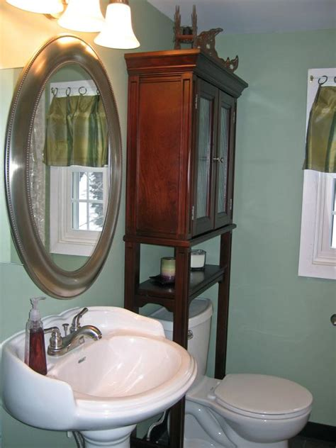 Hgtv Bathroom Makeovers by 5 Budget Friendly Bathroom Makeovers Hgtv