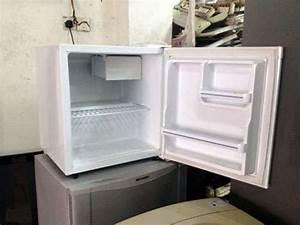 Pensonic Mini Bar Fridge Refrigerator Peti Ais Sejuk