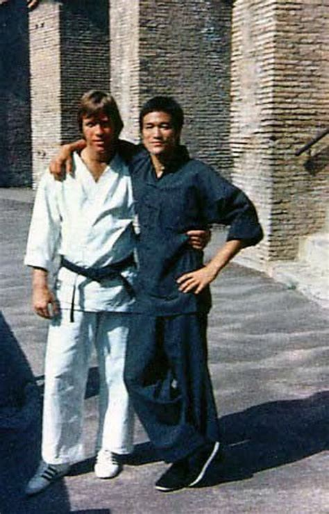 chuck norris and bruce lee fight way of the dragon lee vs norris behind the scenes photos