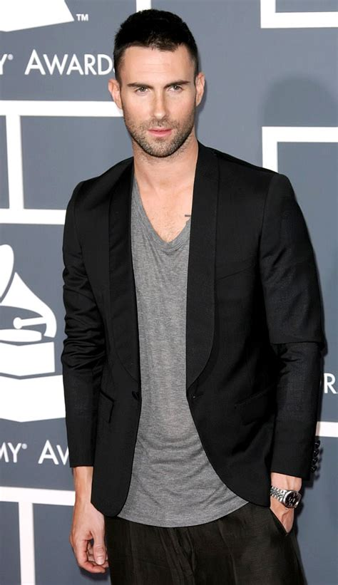 maroon 5 height adam levine weight height and weights