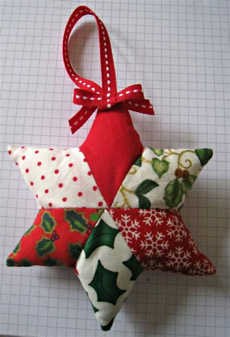 Patchwork Star Christmas Ornaments to Make
