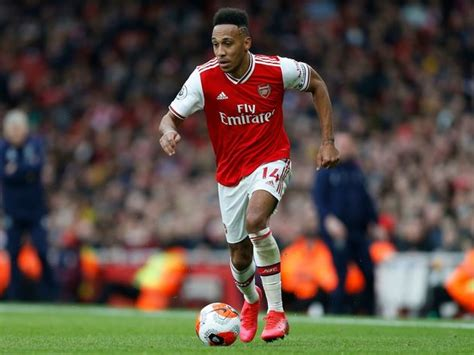 Exclusive: Chelsea Join Running to Sign Arsenal's Pierre ...