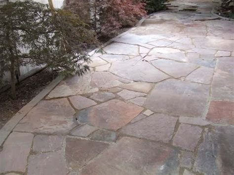 laying patio walkways and patios