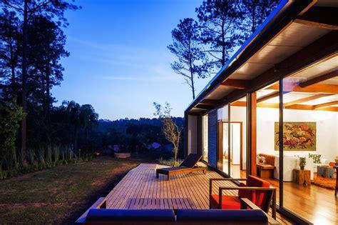 diseno de casa pequena moderna fachadas  planos