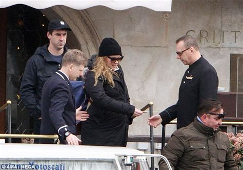 amy schumer and husband amy schumer and her husband chris fischer spotted in