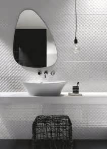indogate com salle de bain mosaique blanche