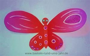 Schmetterlinge Aus Tonpapier Basteln : glitzernde schmetterlinge aus tonpapier oder moosgummi basteln rund ums jahr ~ Orissabook.com Haus und Dekorationen
