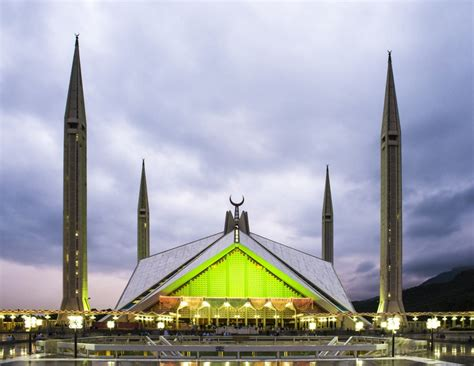 Faisal Mosque Hd Pics by Most Beautiful Mosques In The World