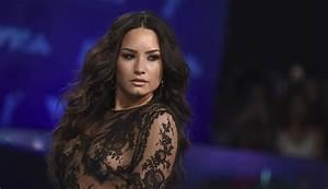 Best Looks & Celebrity Hairstyles 2017 VMA | Pretty ...