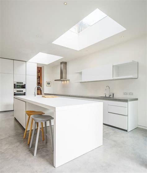 exemple cuisine en l cuisine en l moderne avec îlot en 108 photos magnifiques