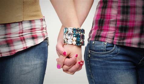 Lesbian Encounters On The Rise Nz