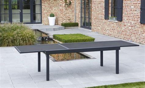 salon de jardin aluminium noir pour 12 personnes table