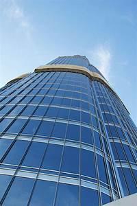 10 fun facts about the burj khalifa luxe adventure traveler for Burj al khalifa how many floors