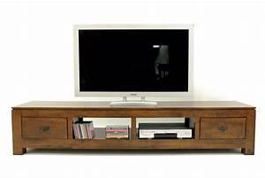 Meuble Tele Bas : meuble tv bas en bois ~ Teatrodelosmanantiales.com Idées de Décoration