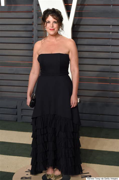 Lewinsky Vanity Fair Photoshoot by Lewinsky Stands Out In Black At Vanity Fair Oscars