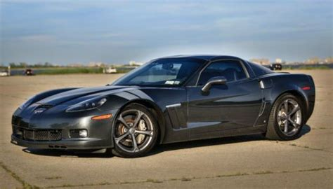 sell   chevrolet corvette grand sport coupe  door