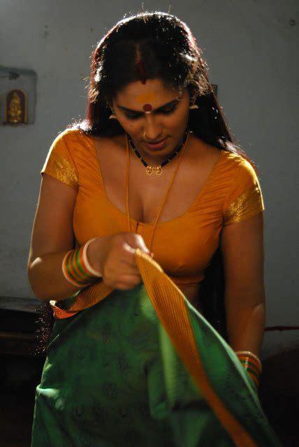 mallu actress hot image mallu sexy thigh wallpaper  hd