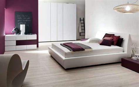 arredo da letto moderna come disporre il letto 3 soluzioni d arredo mibb it