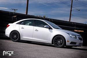 Chevrolet Cruze custom wheels Niche NR10 - M122 17x, ET ...