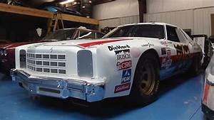 Garage Auto Tours : garage tours web series visits classic nascar restoration shop autoevolution ~ Gottalentnigeria.com Avis de Voitures
