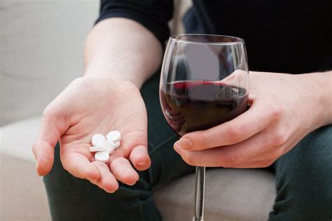 drinking  drugs  dangerous combination alcohol