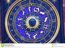 Le Zodiaque Se Connecte L'horloge Image stock Image