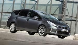 Toyota Hybride 7 Places : toyota prius le premier monospace hybride actu auto ~ Medecine-chirurgie-esthetiques.com Avis de Voitures