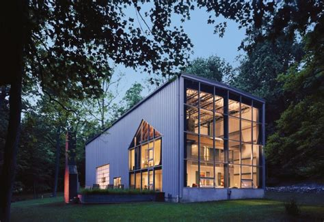 17 Incredible Houses Made From Shipping Containers