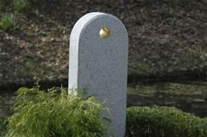 Grabsteine Preise Einzelgrab : grabsteine preise informationen zu den preisen eines grabsteins ~ Frokenaadalensverden.com Haus und Dekorationen