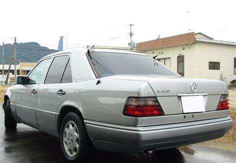 benze002 1994 mercedes e320 sedan black interior w124032 fob598000yen for sale